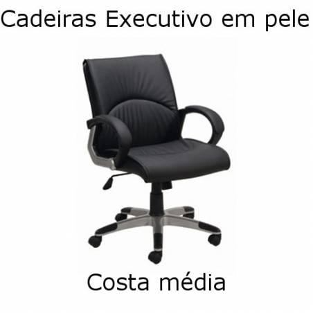 Cadeiras em pele Executive com encosto médio