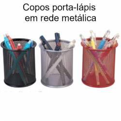 copos porta-lápis em rede metálica